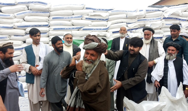 India keeps stranded Afghans but sends wheat