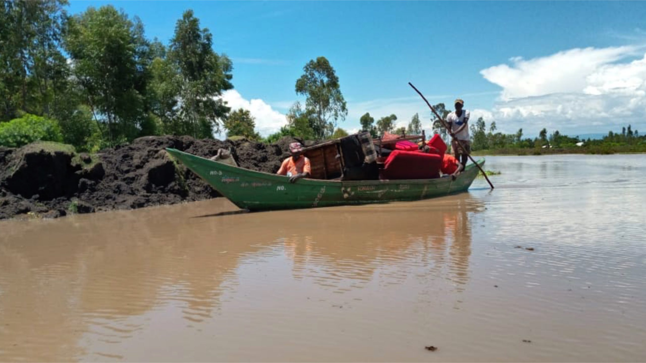 Floods wipe out Kenyan villages in Rift Valley