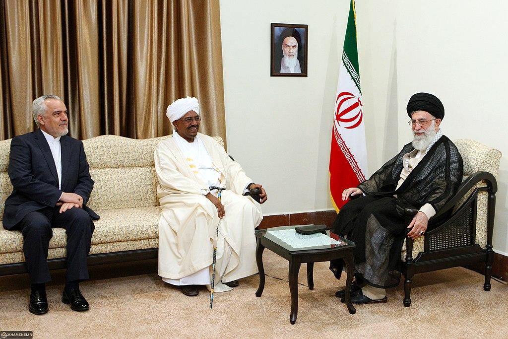1024px-Sudanese_President_Omar_al-Bashir_met_with_Ali_Khamenei_01