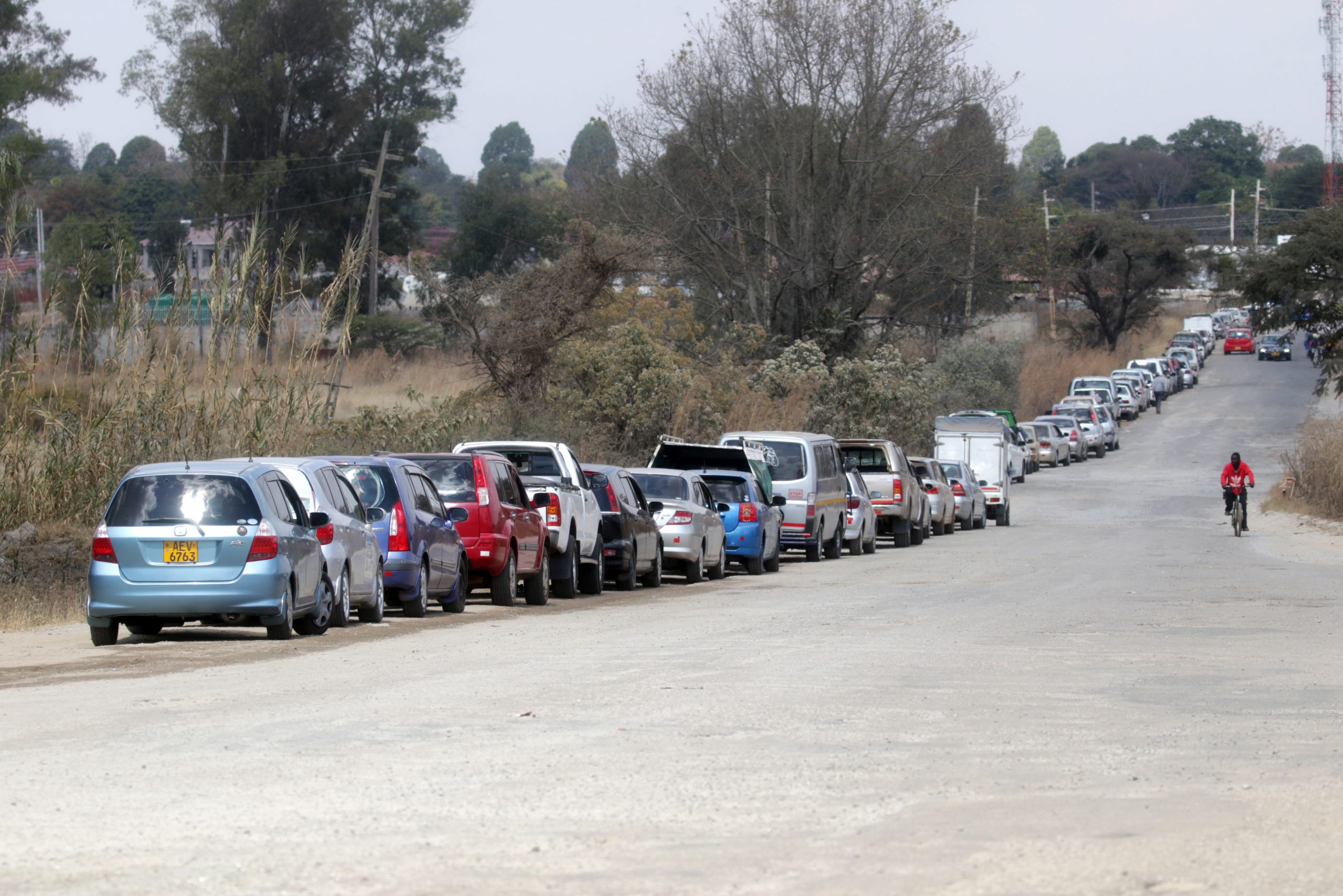 Long gas lines prompt Zimbabwe's propane entrepreneurs