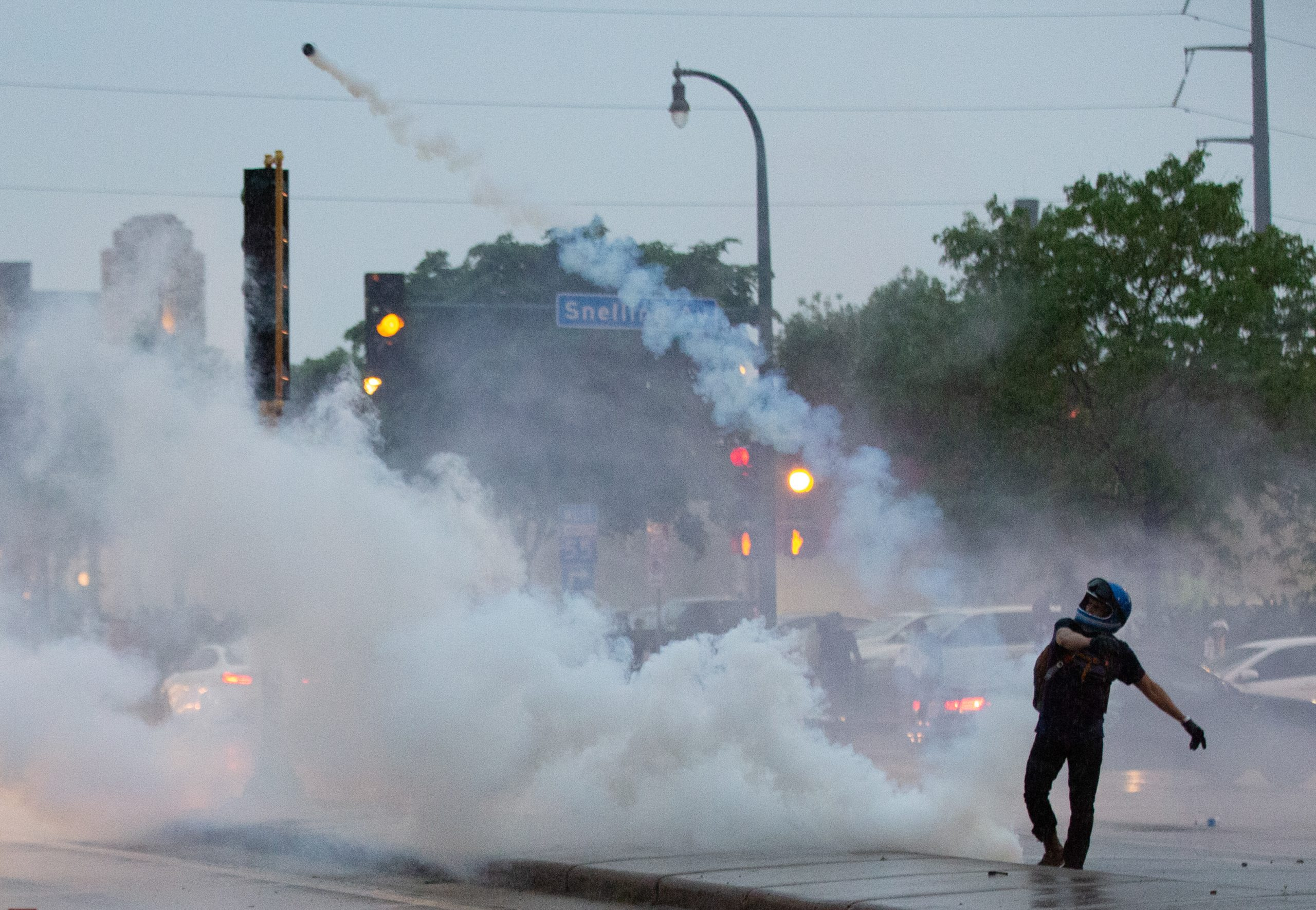 VIDEO: Tear gas flies as Minneapolis rioters protest death of George Floyd in police custody