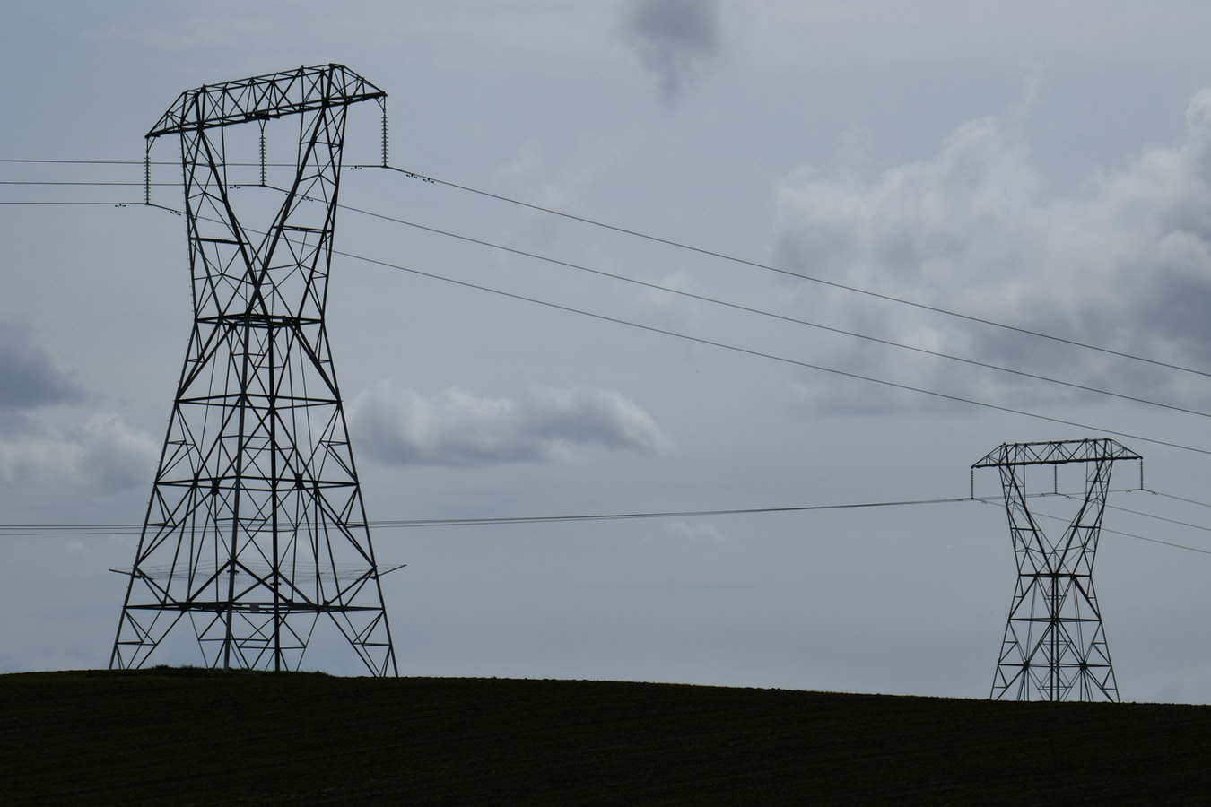 Jan Kaluza - power lines