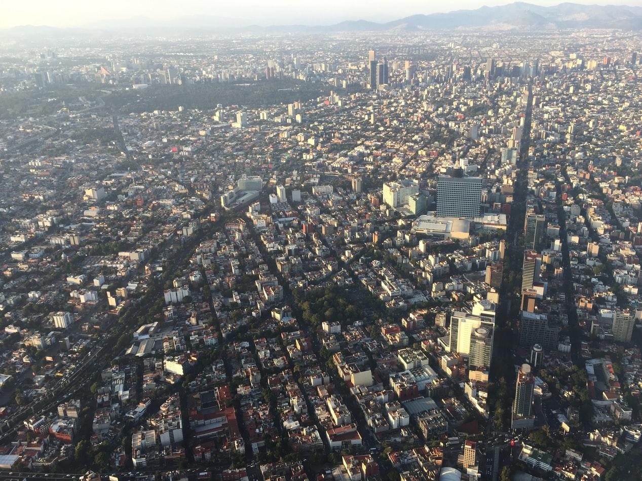 Mexico City from the air Nitin Badjatia Unsplash