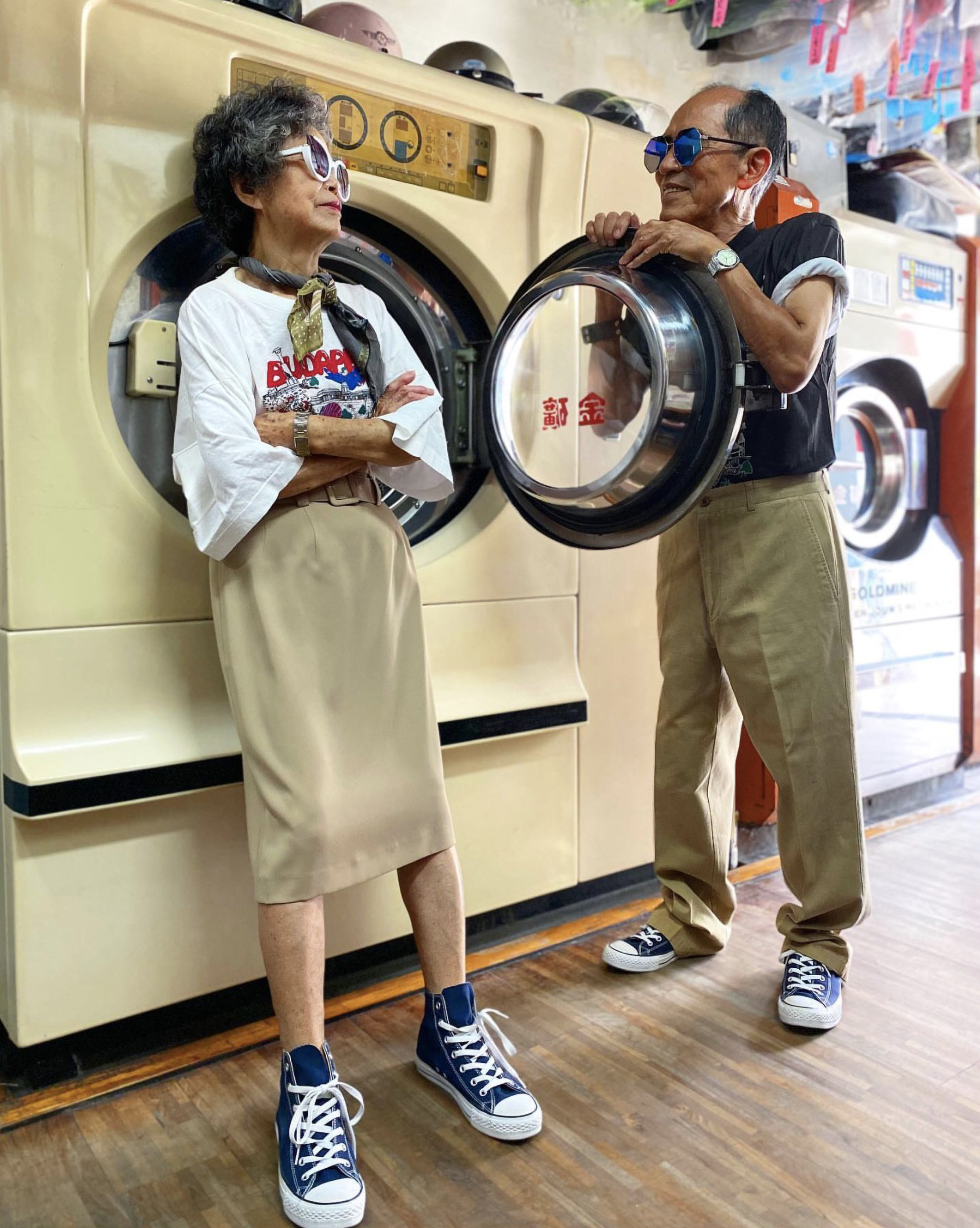 Elderly Taiwanese couple tops the fashion world with clothes left at their laundry