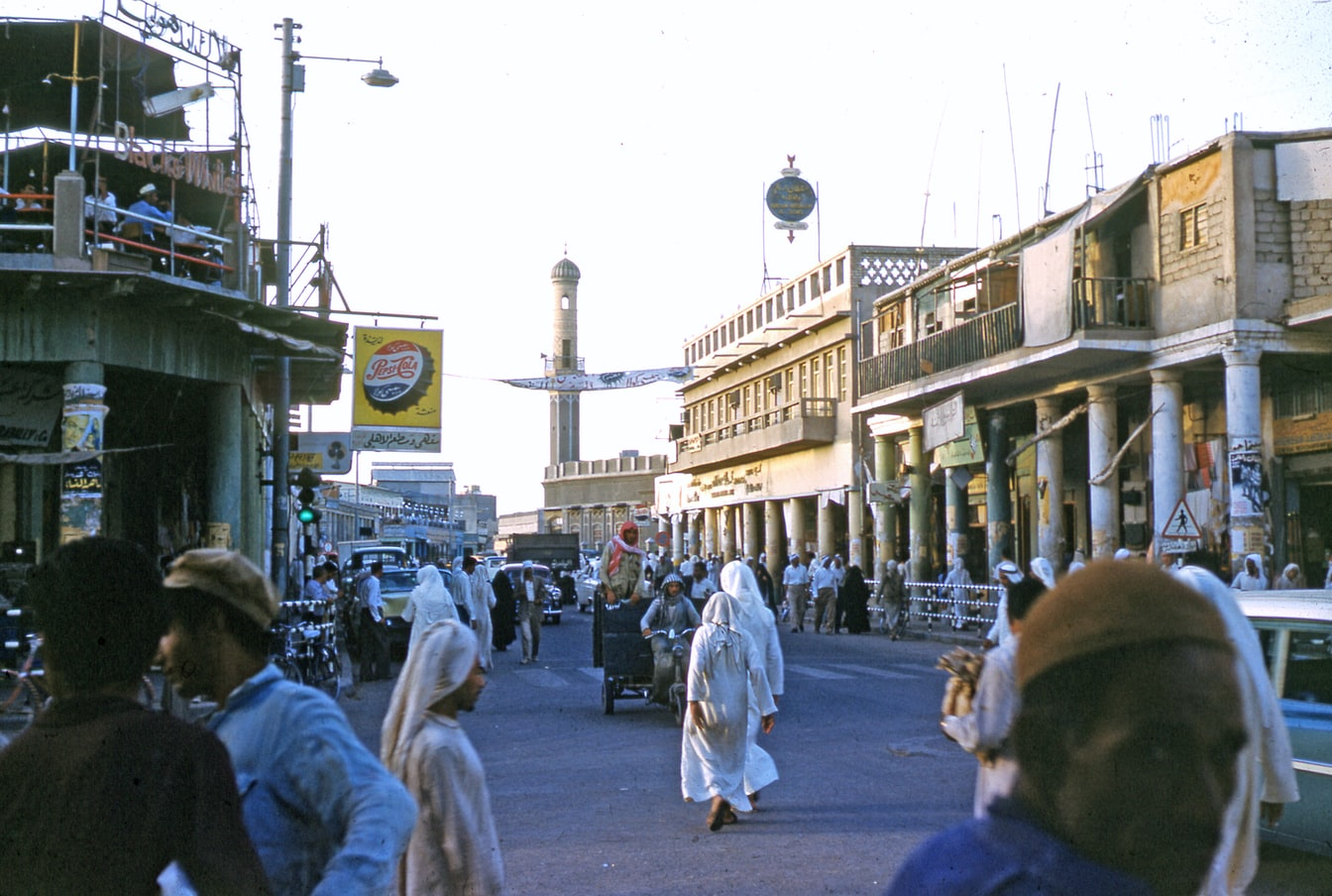 Kuwait man slaps Egyptian cashier