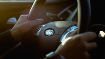Ford steering wheel Jeremy Chen Unsplash