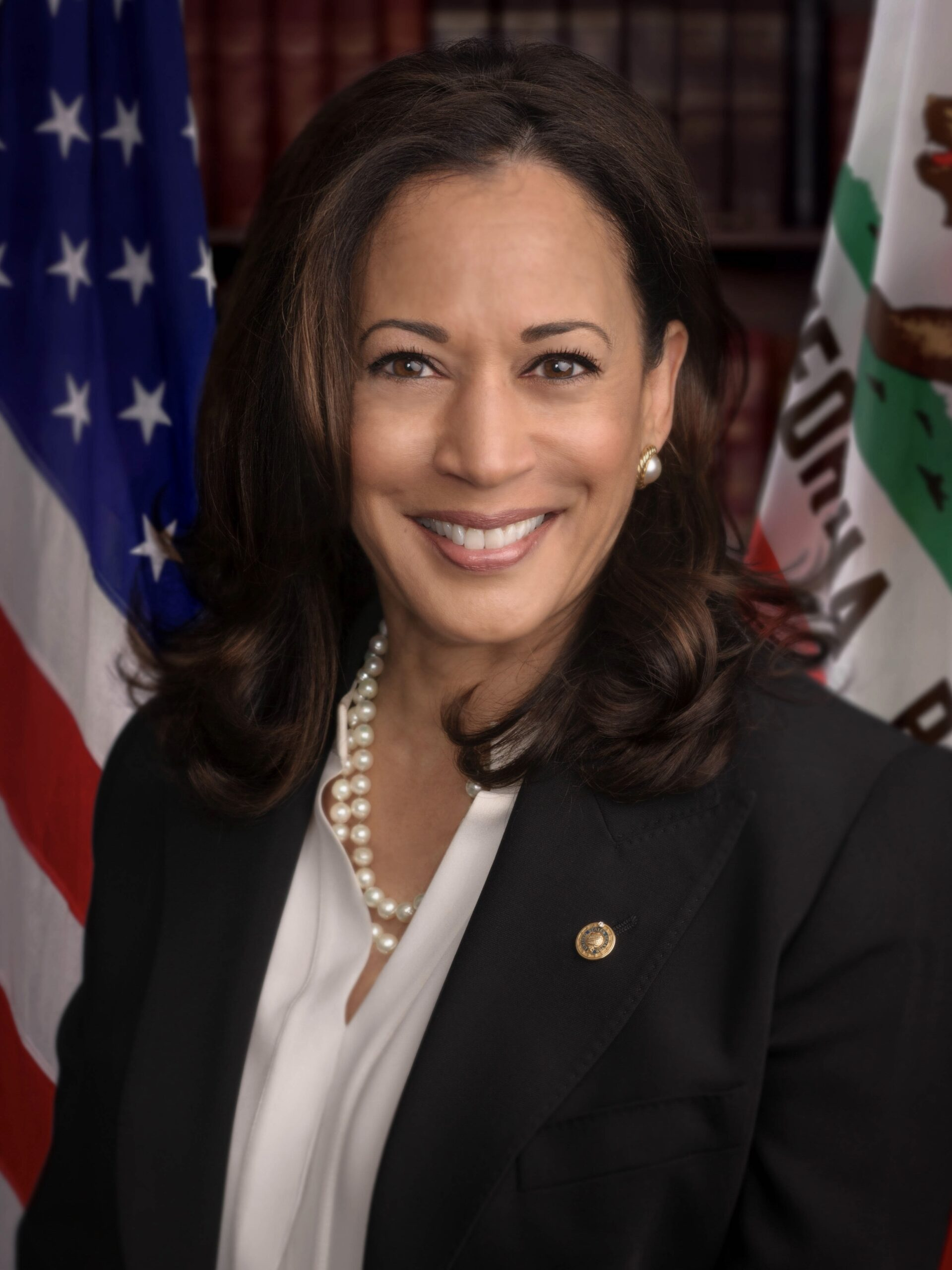 Senator_Harris_official_senate_portrait