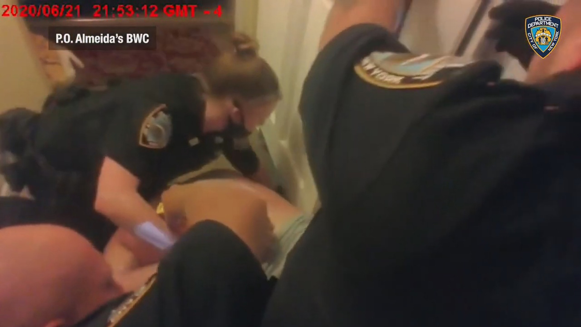 VIDEO: Queens man filmed saying 'I can't breathe' in struggle with police