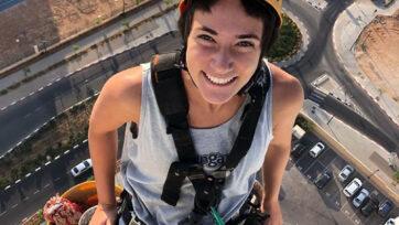 Noa Toledo, window washer and social media star. (@noatoledo1/Newsflash)