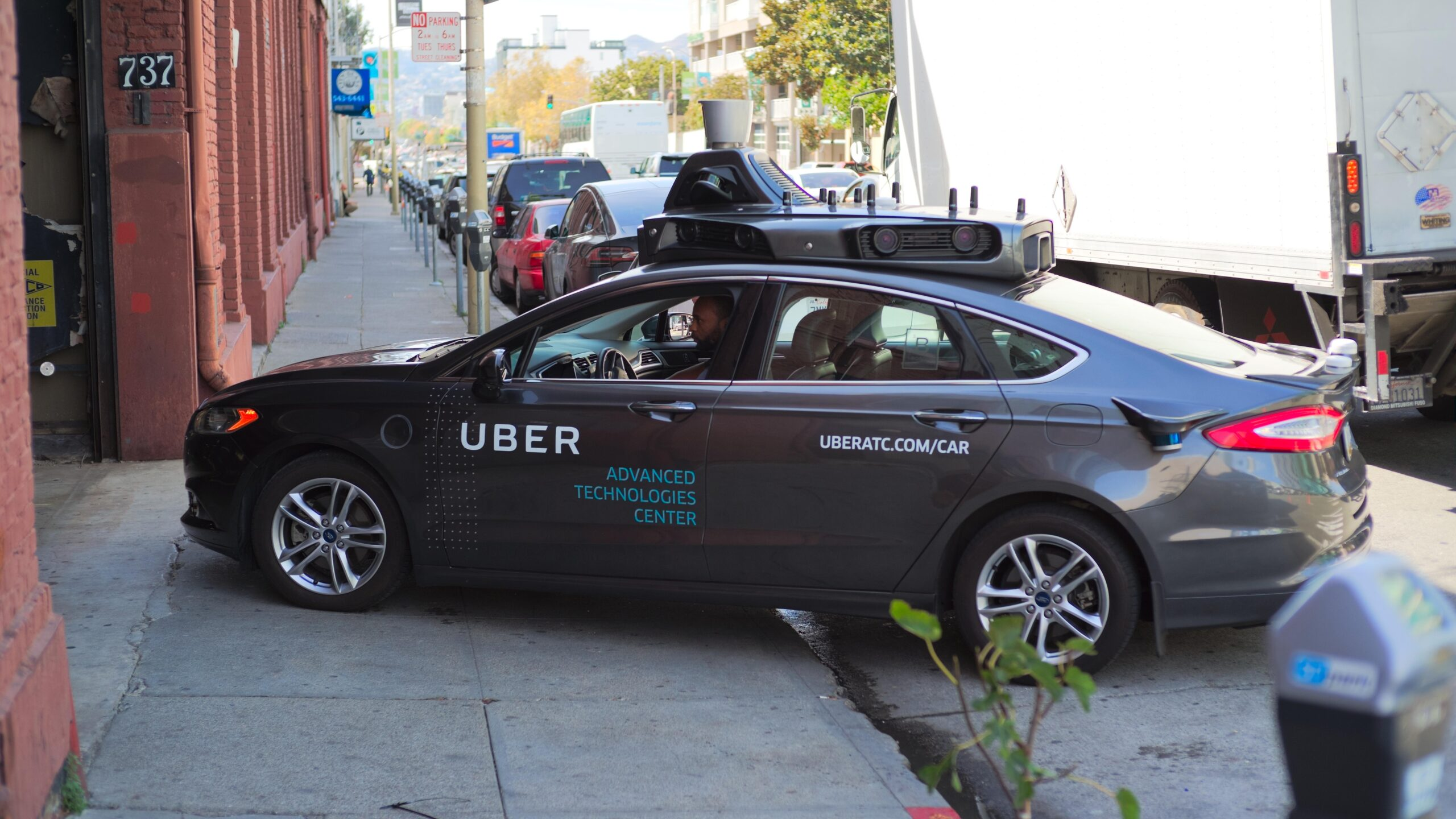 Uber and Lyft Protest Judge Ruling to Change Independent Contractors to Employees