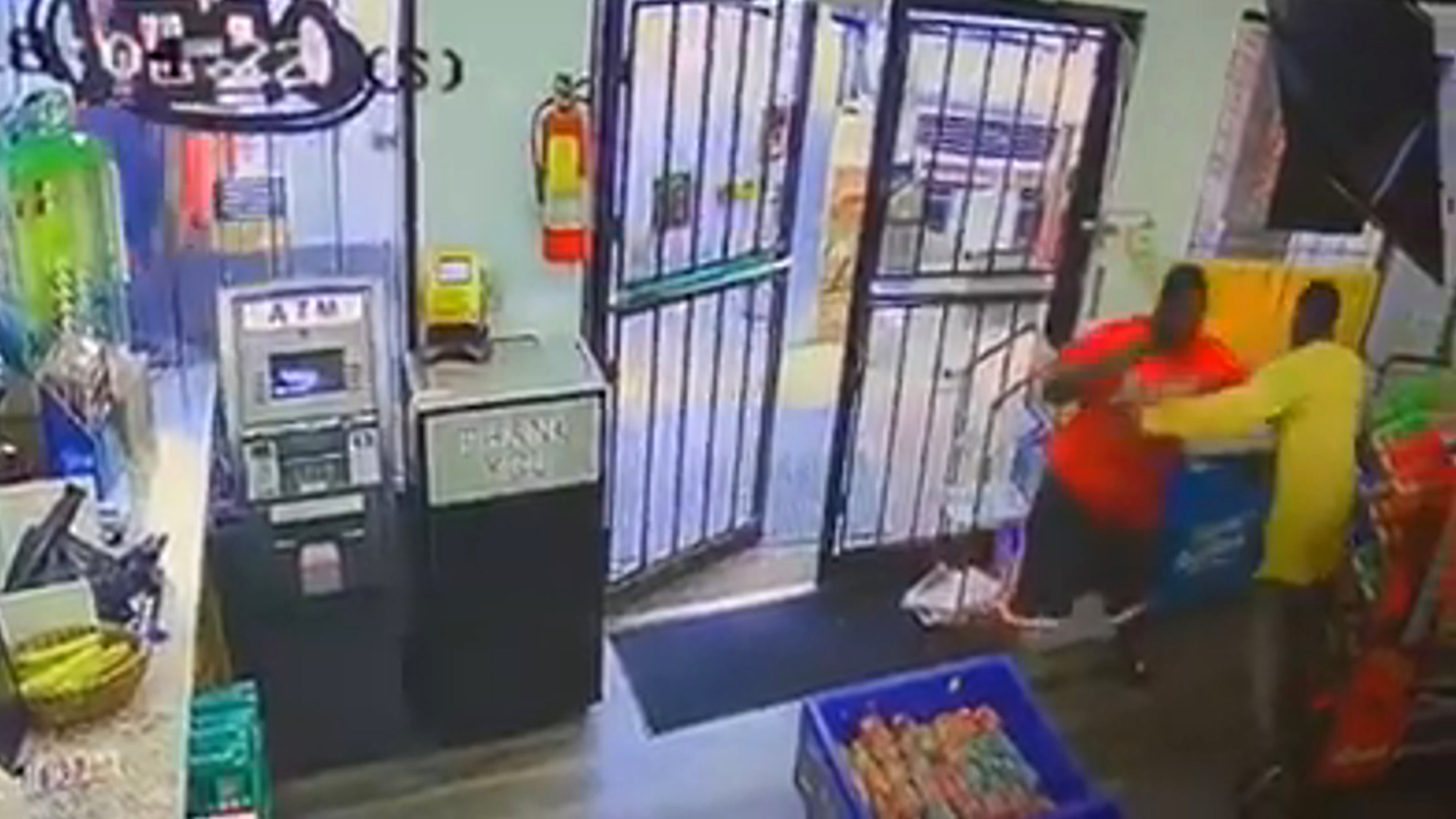 VIDEO: Gunman Shoots Shopper in U.S. Convenience Store