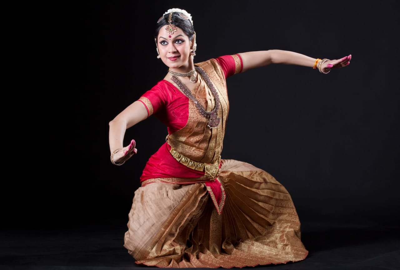 Indian Dancers Run Online Campaign Against Pay-to-Perform Trend