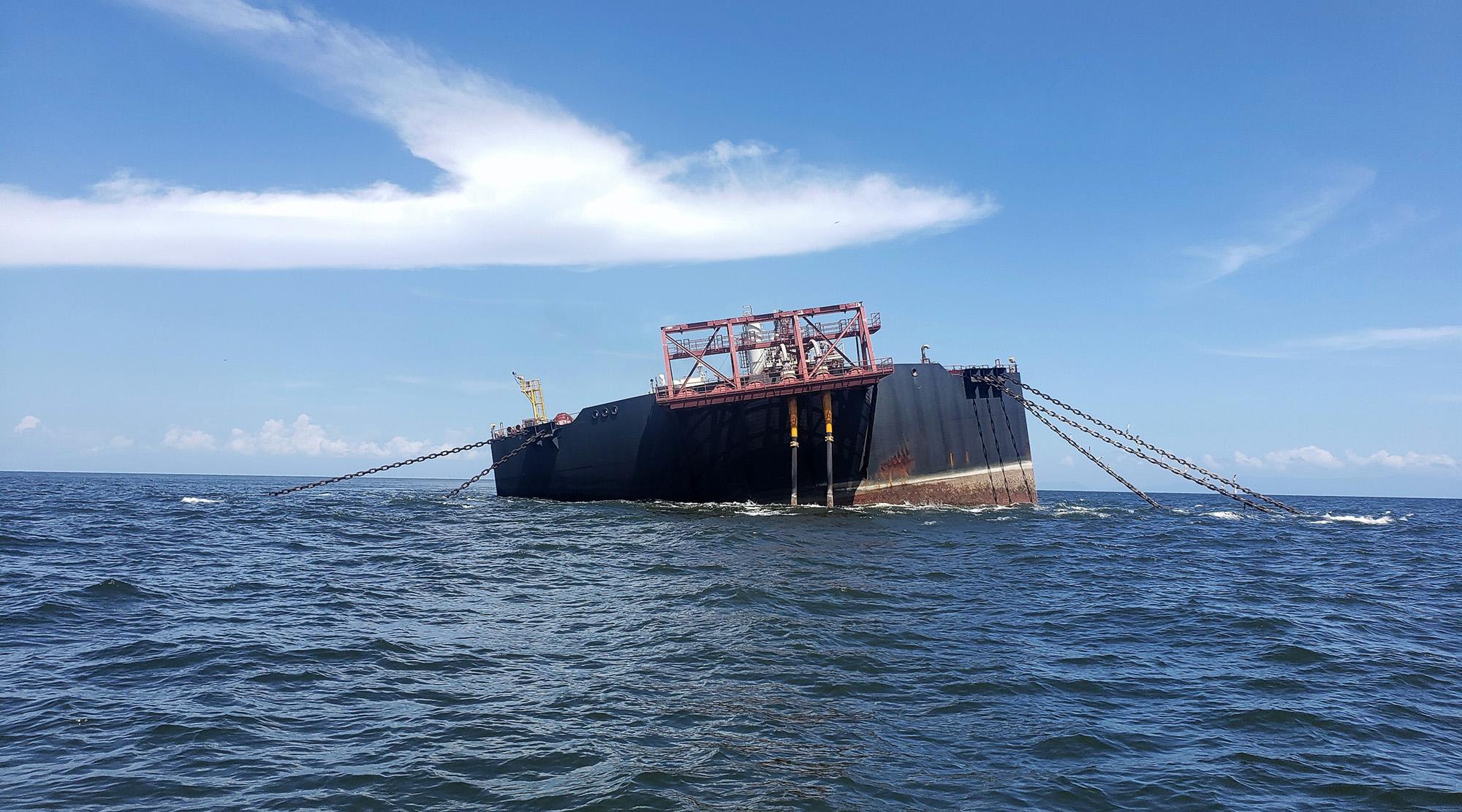 Tilting Boat Threatens Massive Oil Spill in Caribbean
