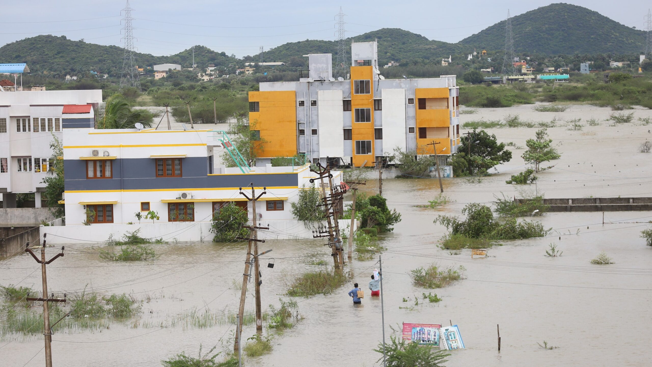 India's Southern Metropolis Flooded by Cyclone Nivar