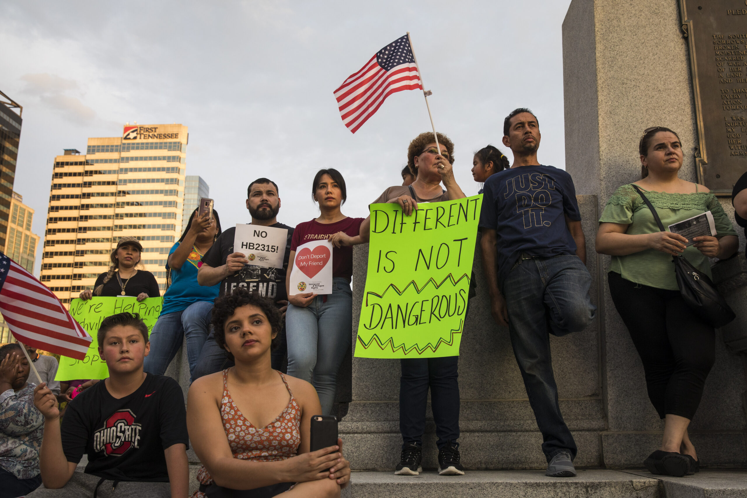 Sanctuary Cities Stand Up To Trump's DoJ Policies