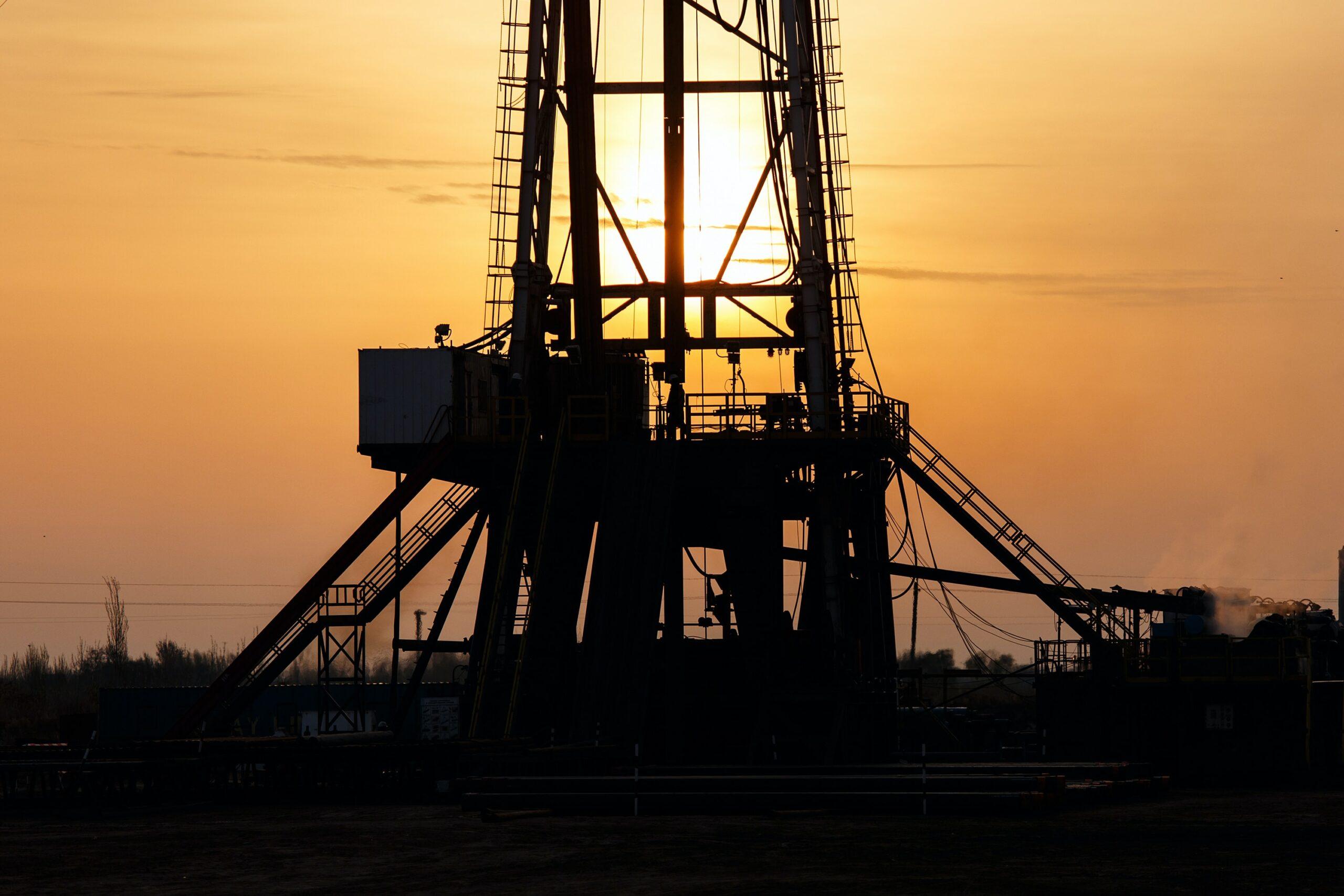 India's Bid to Privatize Major Oil CompanyGets Lukewarm Response