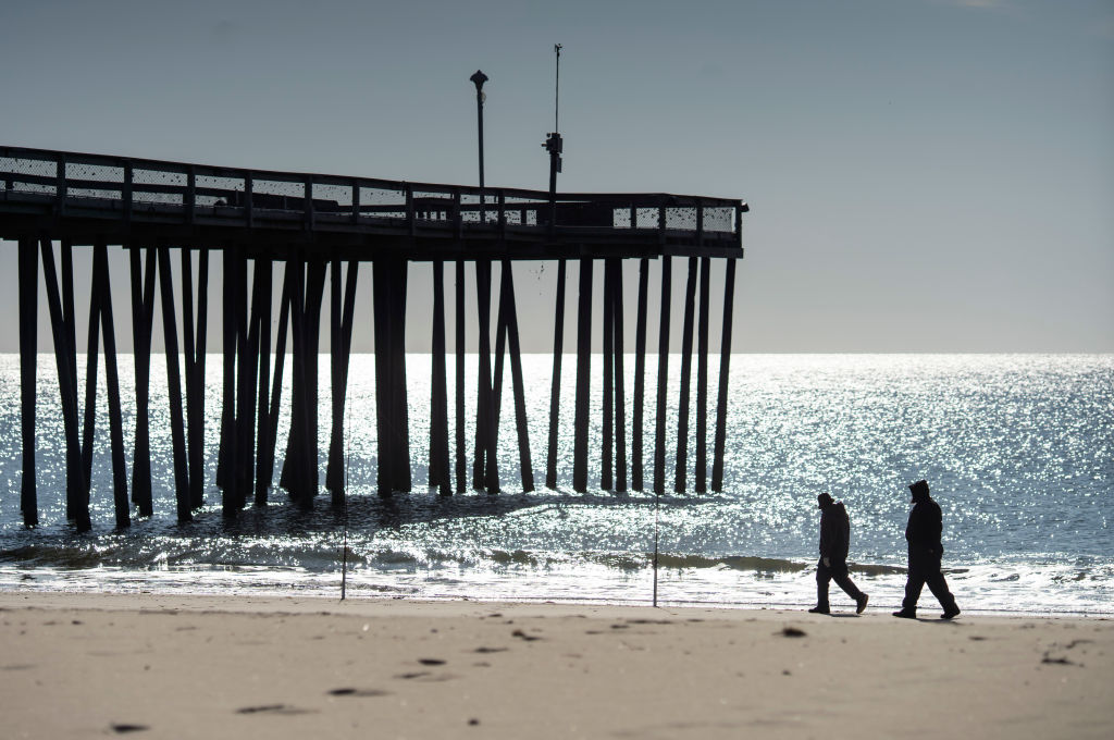 Maryland's search for energy may place wind farm near tourist destination Ocean City's shoreline