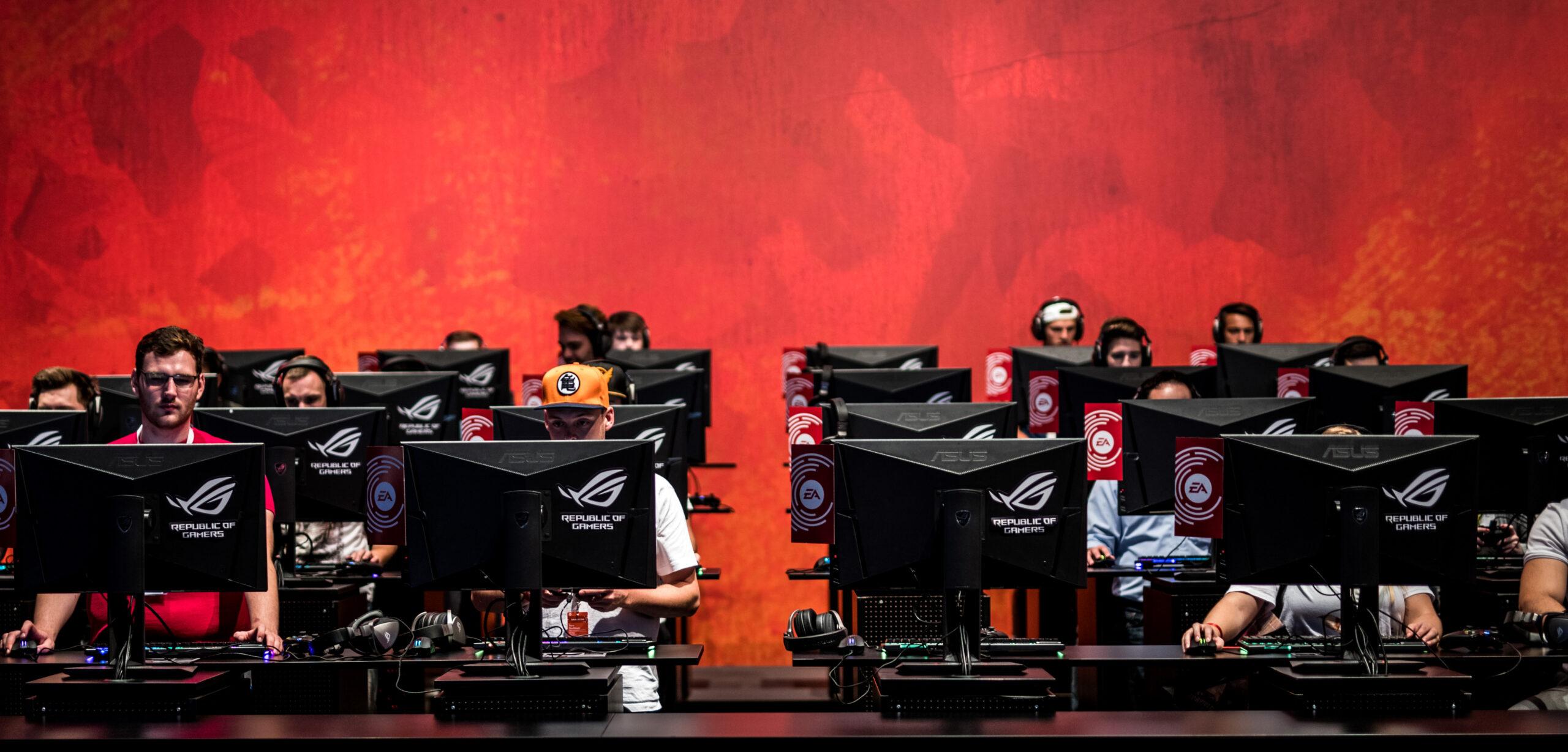 Crece demanda de videojuegos durante confinamiento