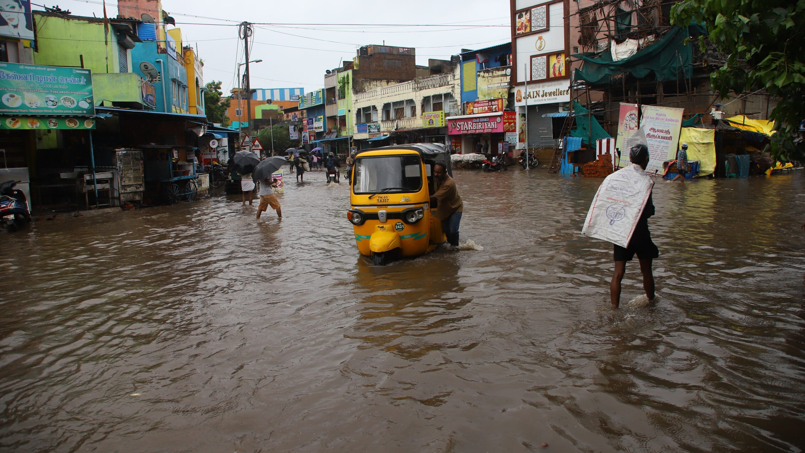 Cyclone Nivar Floods India's Chennai after Dry Summer