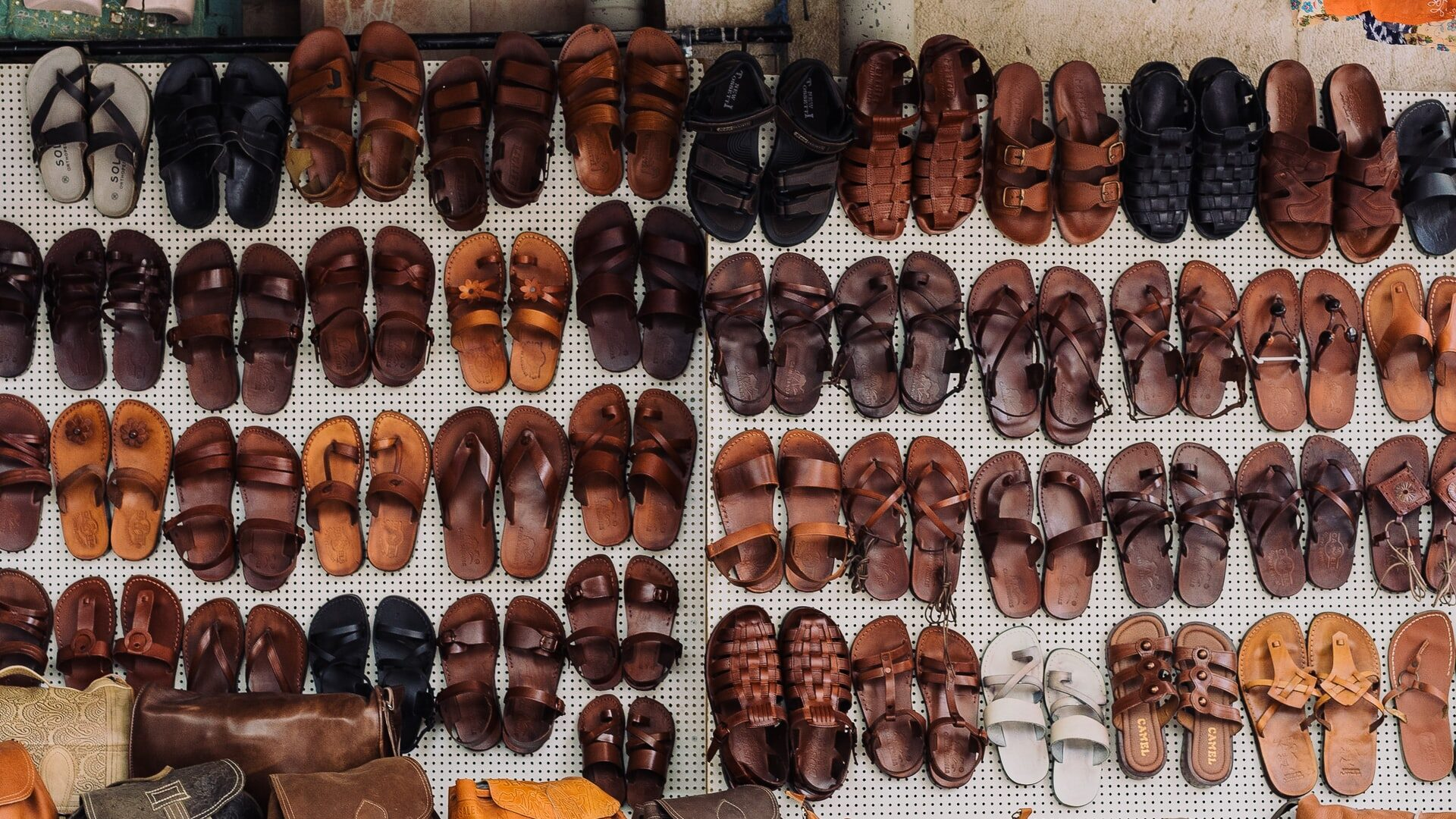 El huarache mexicano, un antiguo calzado que sigue vigente