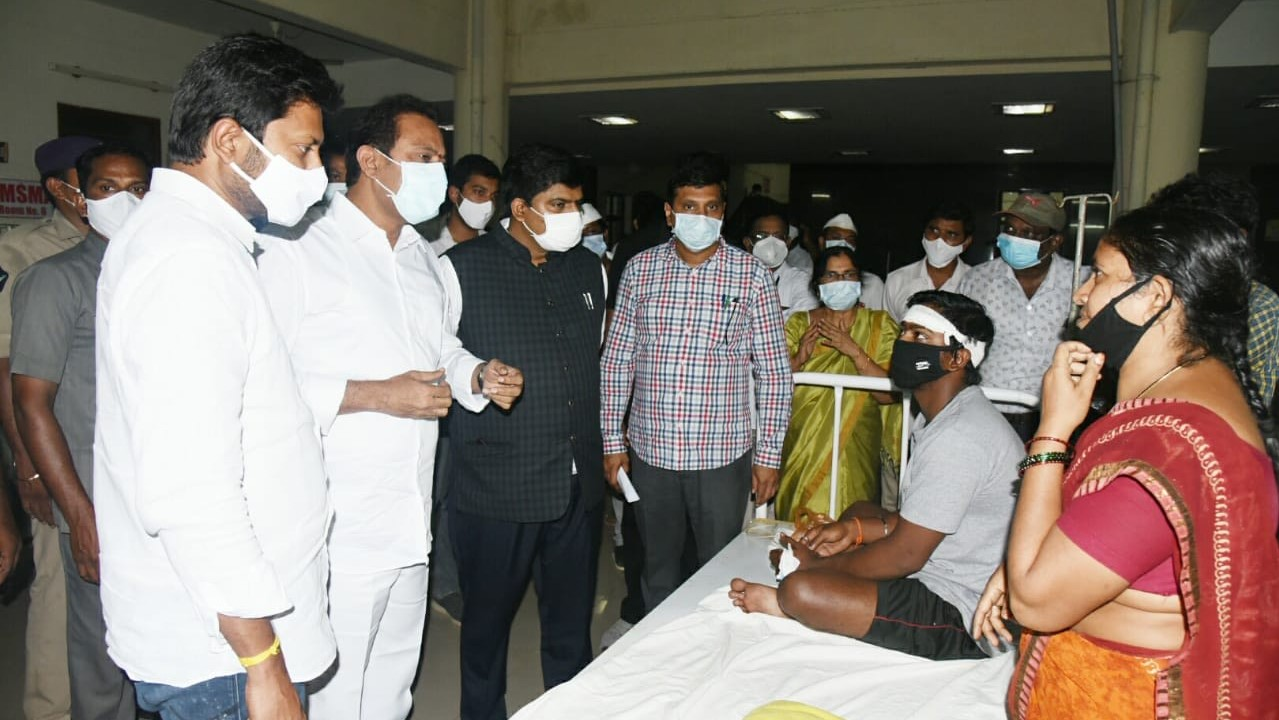 Mystery Illness Sickens 580 in Indian Town, One Dead