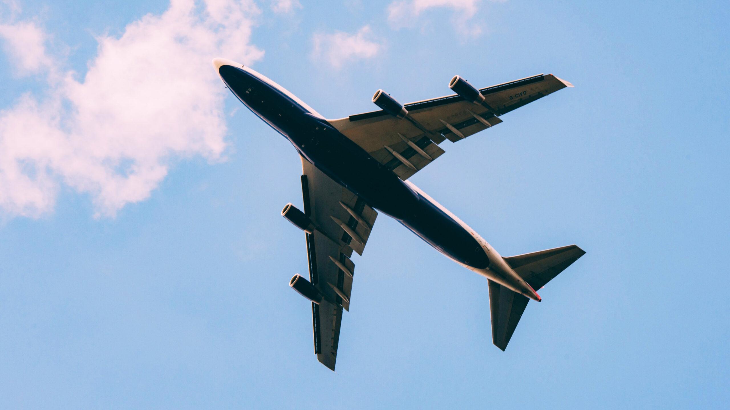 Bidders Take a Flyer on Debt-Ridden Air India