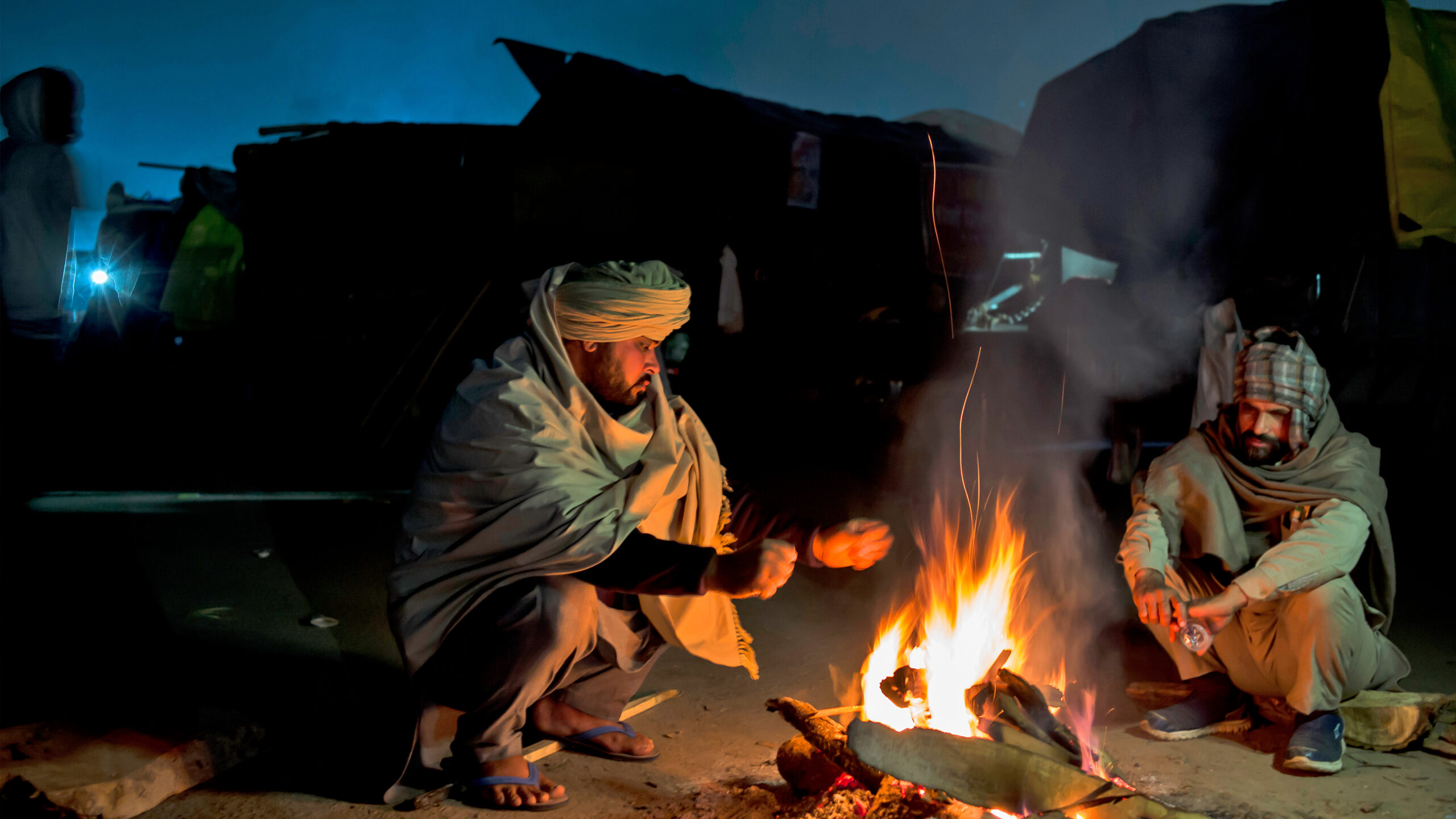Cold Wave Grips New Delhi, Neighboring States