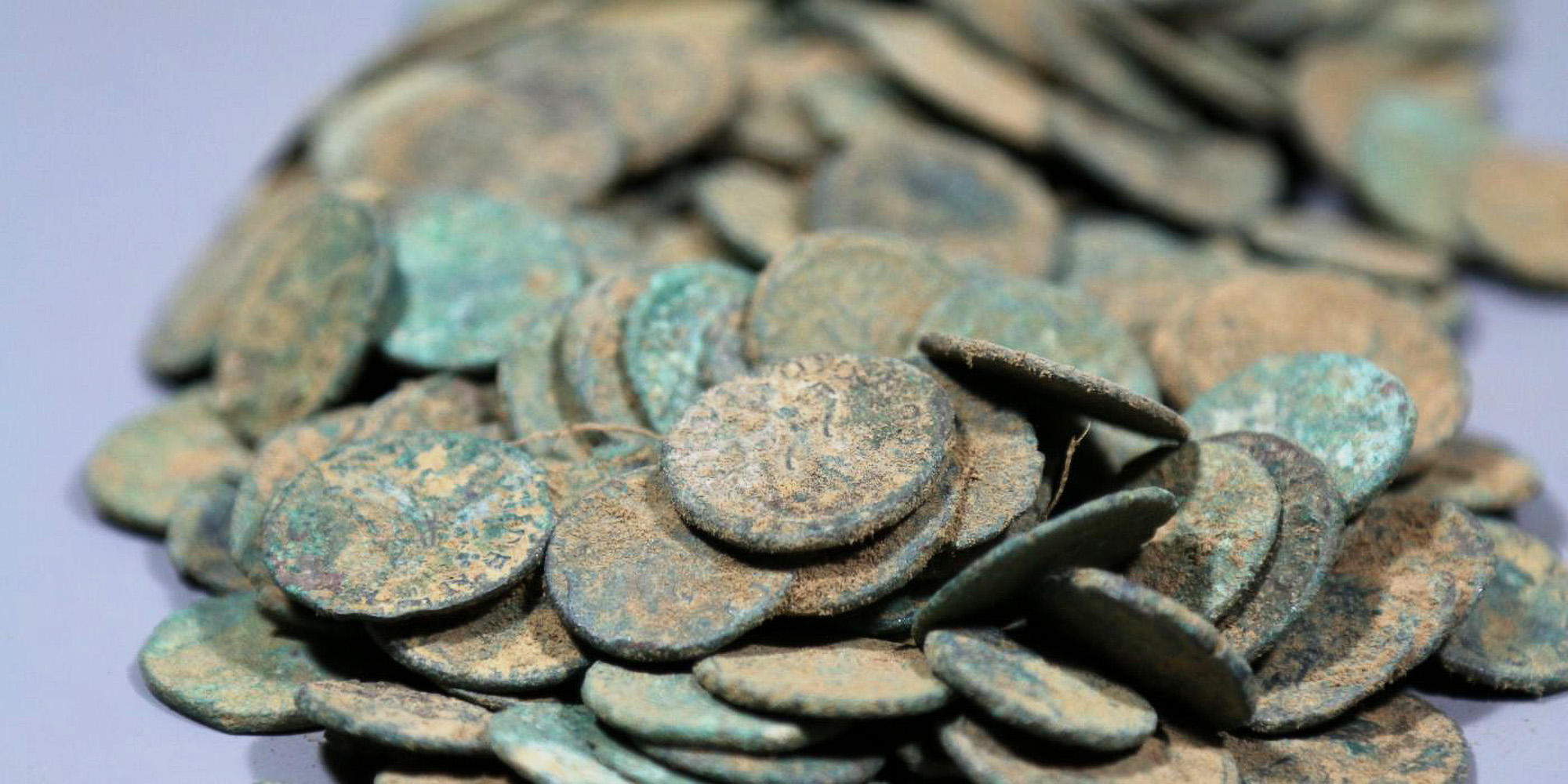 French Artifact Raider Busted Trying to Launder Over 14,000 Roman Coins