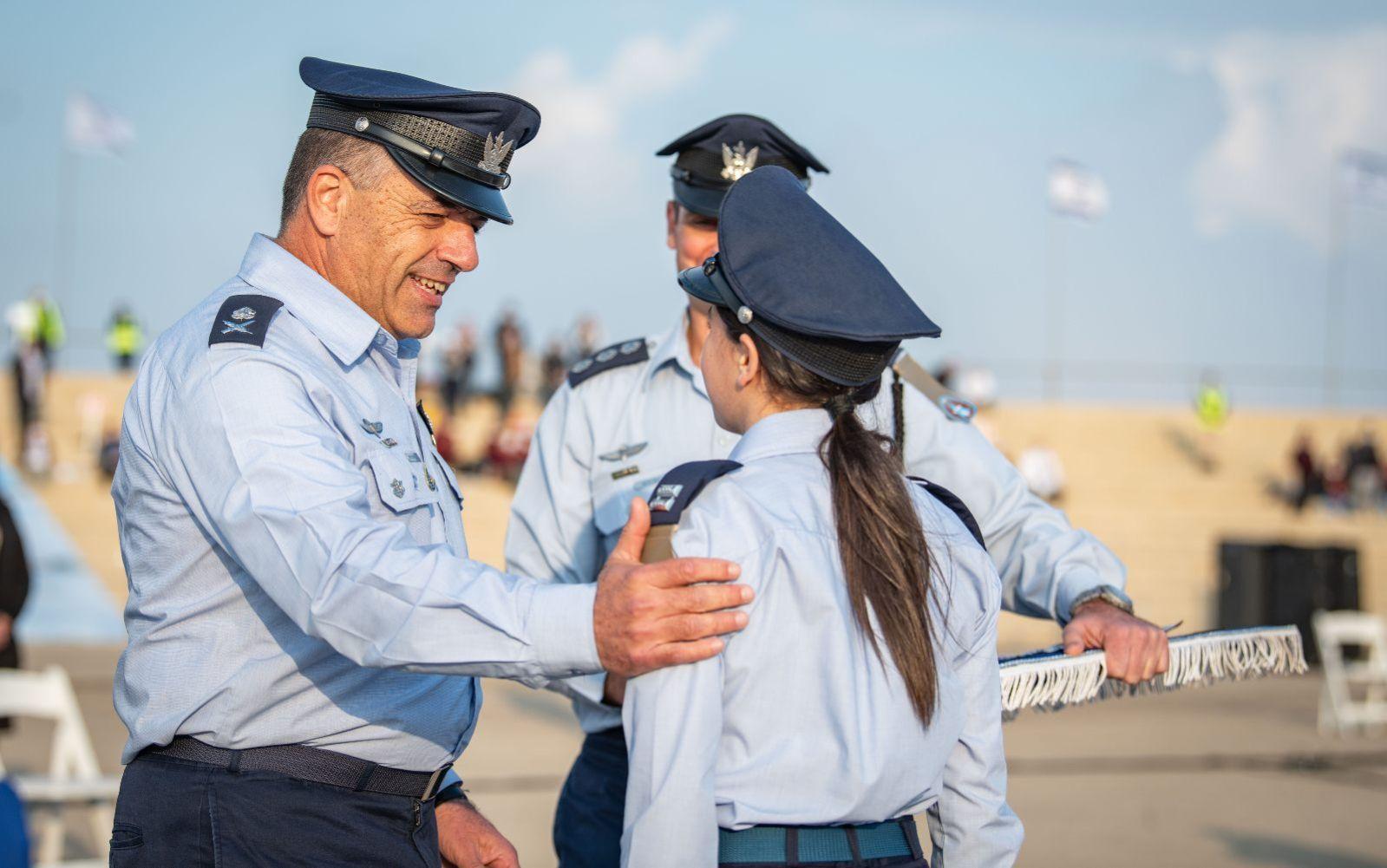First American Woman Graduates Israeli Air Force Pilot Course