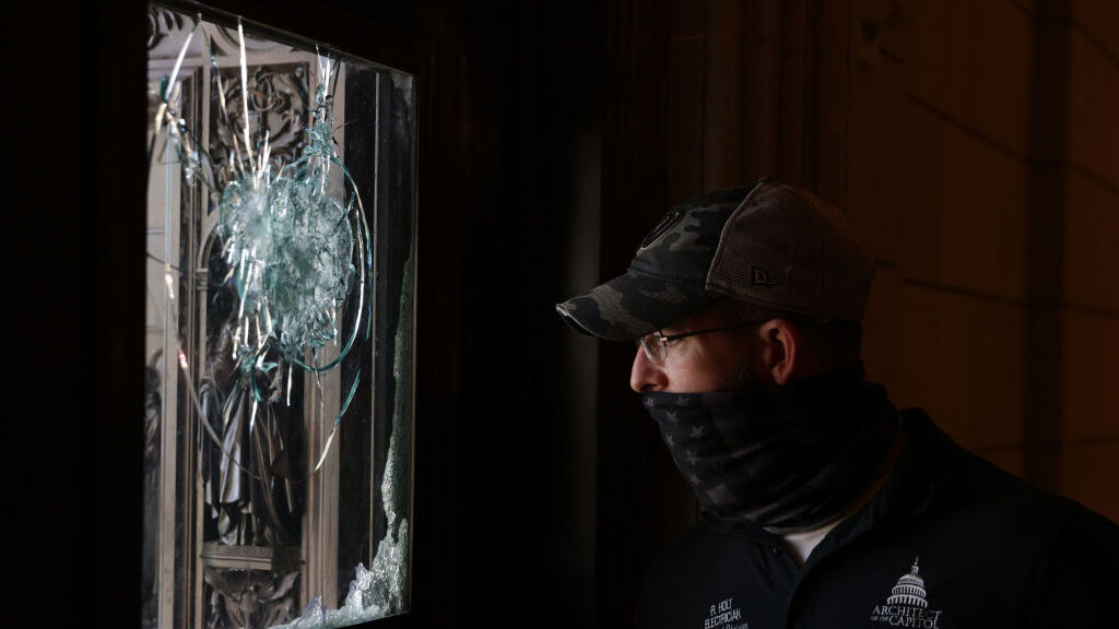 Woman Who Police Shot Dead in U.S. Capitol Riot Is Identified, asNew Push to Oust Trump Begins