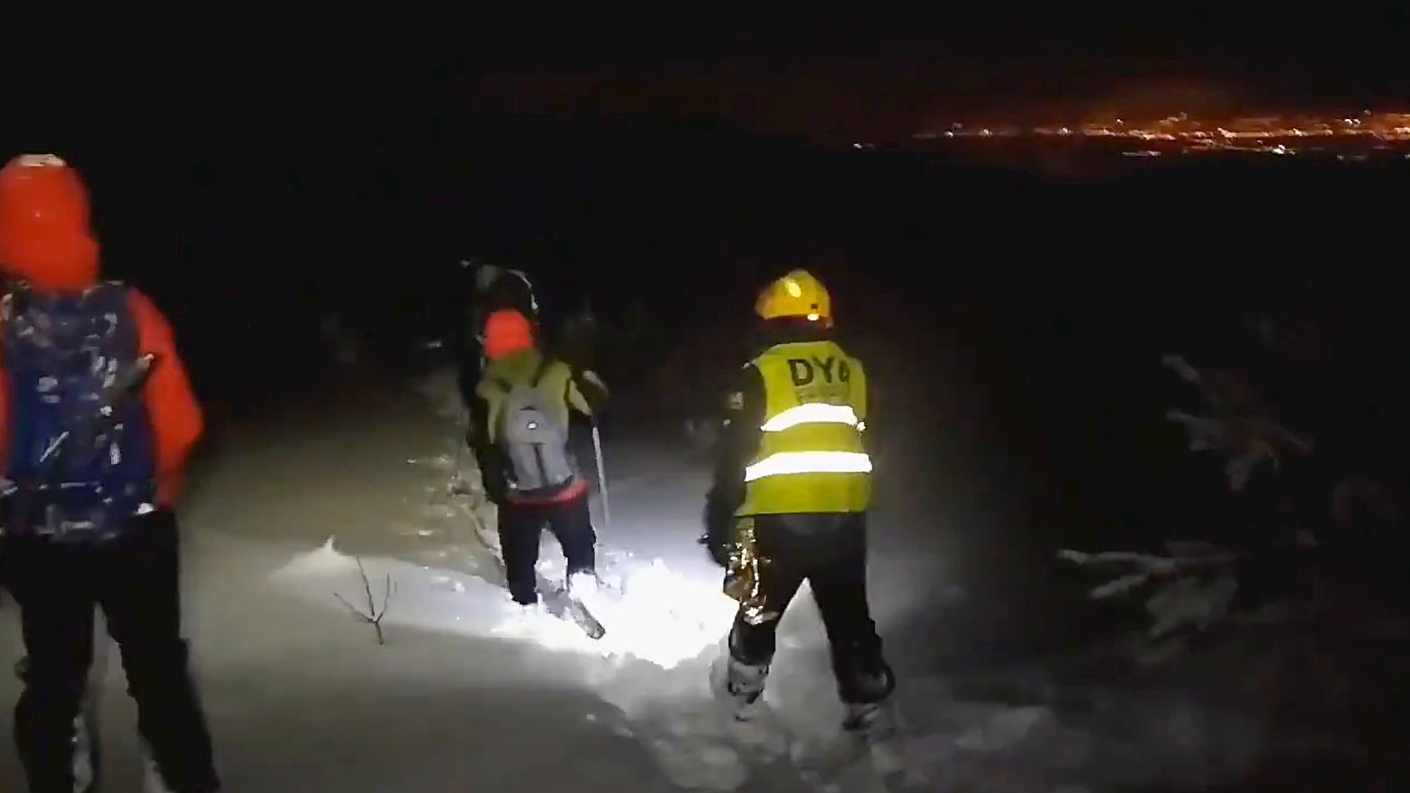 Alping Hand: One Dead, Six Saved as Blizzards Trap Mountaineers