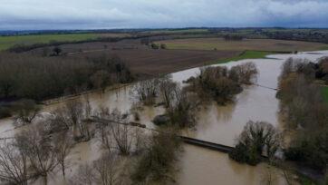 Bedfordshire Flooding Disrupts Christmas Break Ahead of Storm Bella
