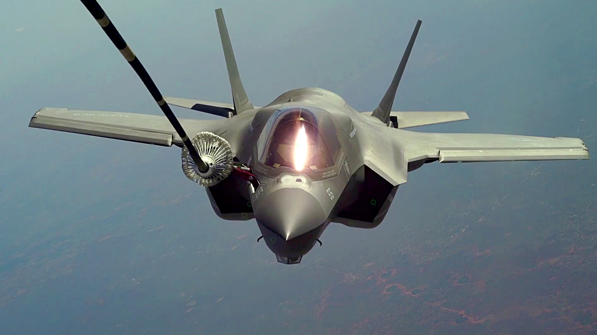VIDEO: Mid-Air Refueling Of US Marine Corps' Fighter Jets