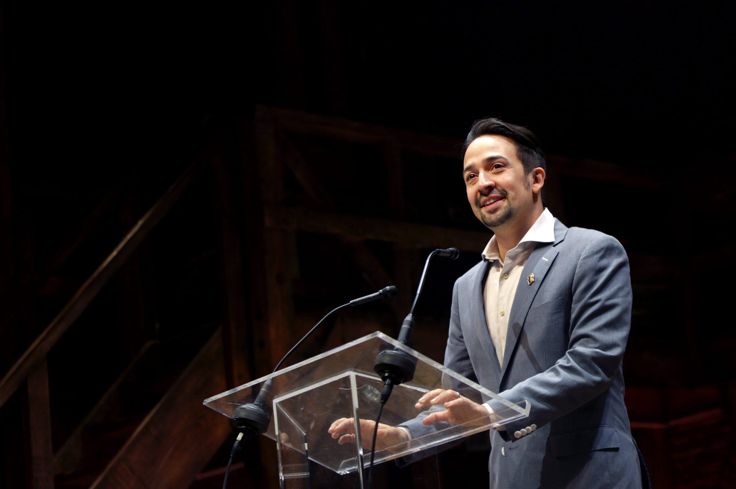 Lin-Manuel Miranda To Make Directorial Debut