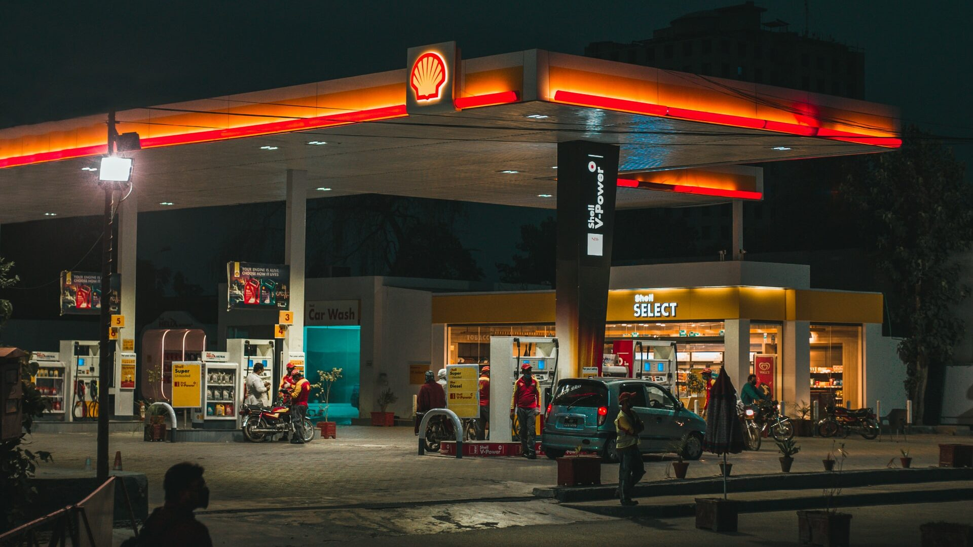 Gasoline Outlook: Demand And Prices Predicted To Stay Low