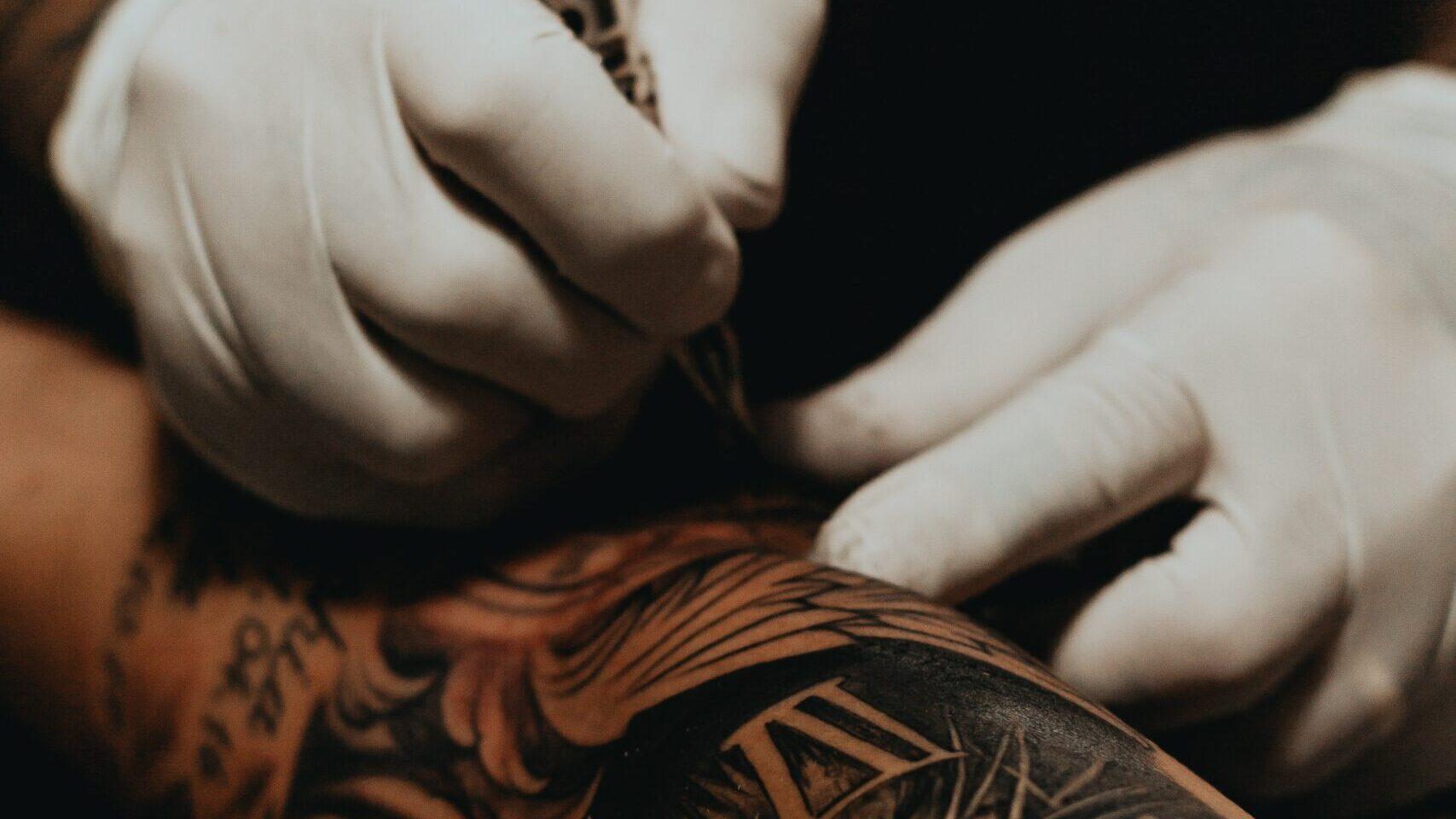 Los tatuajes de nuevo son aceptados