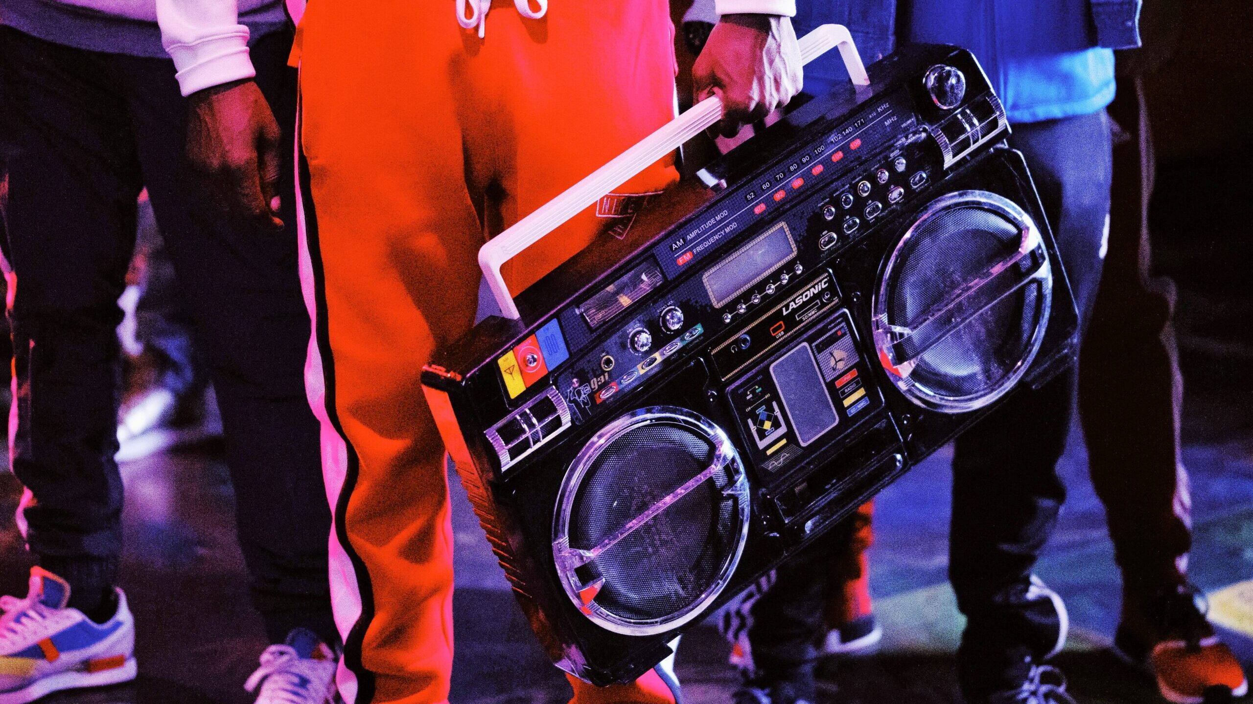 De las calles a los escenarios, el rap en México