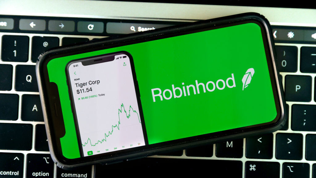 Robinhood Shoots Itself In The Foot With Arrows…If Only It Had A Crises Communications Plan