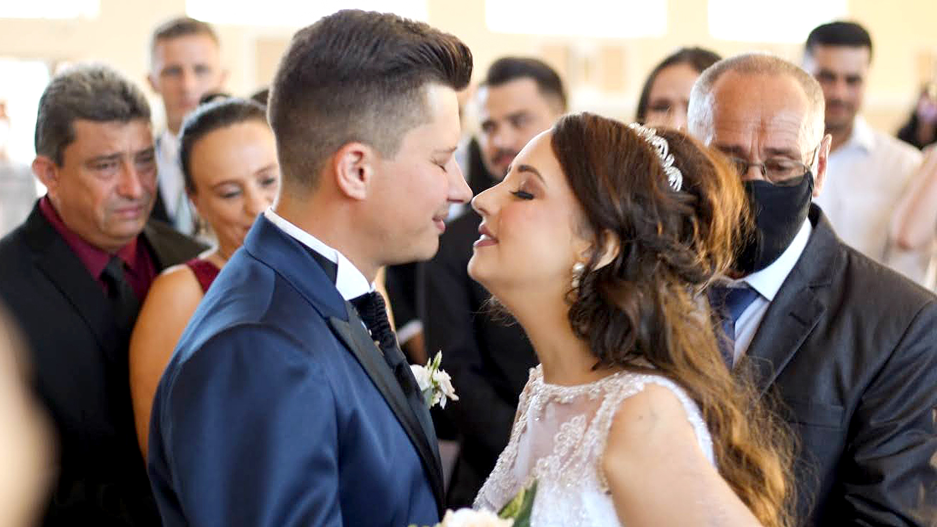 Bride's Bittersweet Dream Wedding Just 10 Days Before She Died Of Cancer