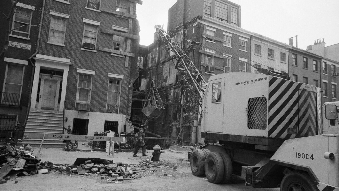 Blow Up: A 1970 Townhouse Explosion Brought A Radical Group To Its Breaking Point
