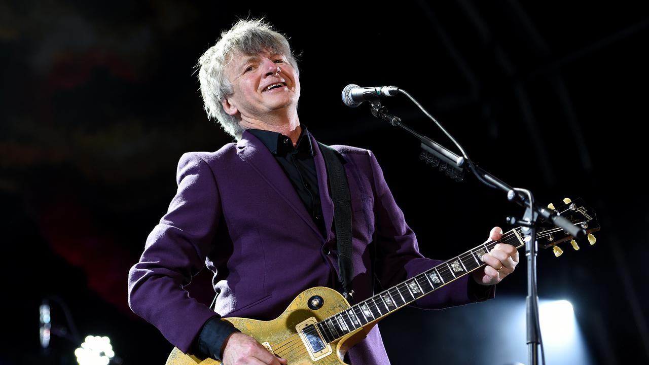 Crowded House's Return Crowns NZ Summer