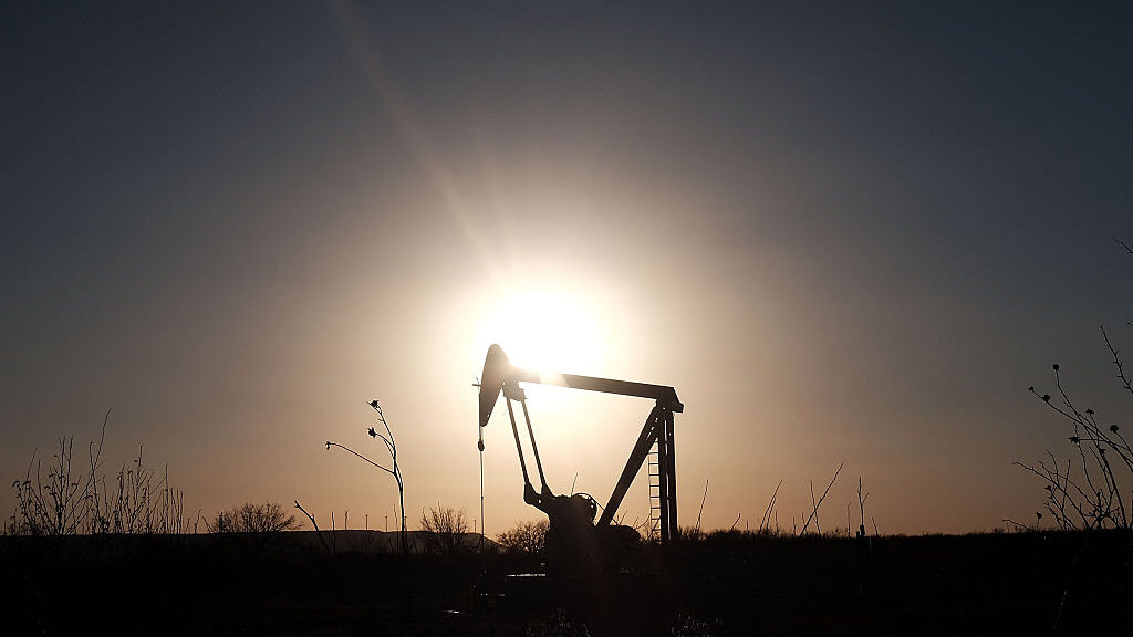 U.S. Oil And Gas Data Negative For Oil Prices, But Suez Issues Steal The Show