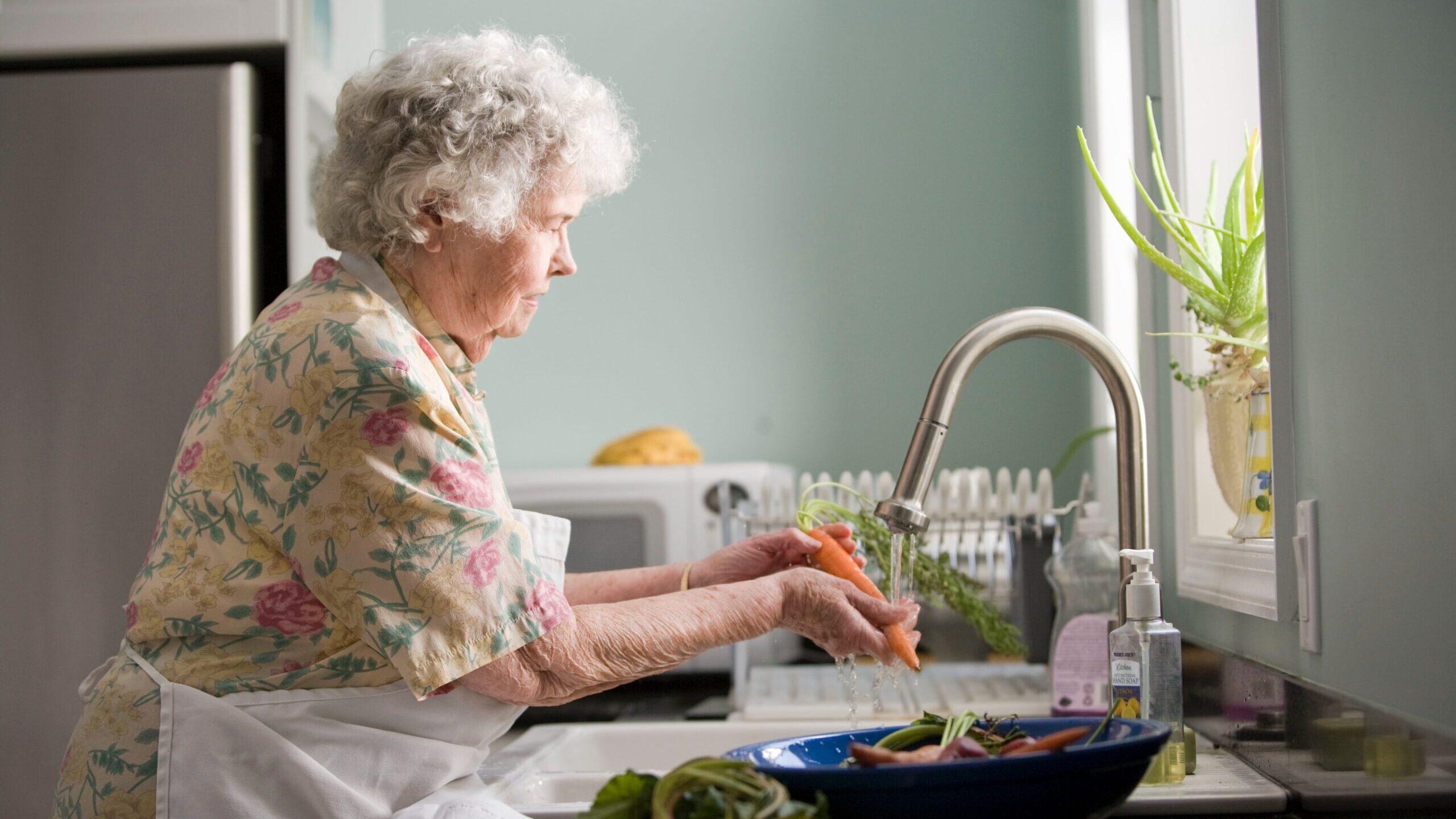 Trabajadoras domésticas enfrentan duras realidades laborales