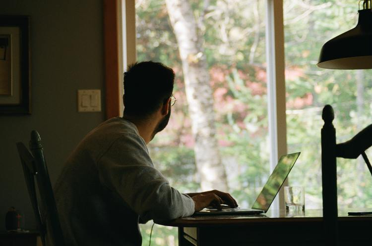 <p>Working from home allowed many people to adopt new routines to continue their work and school activities. (Yasmina H / Unsplash)</p>