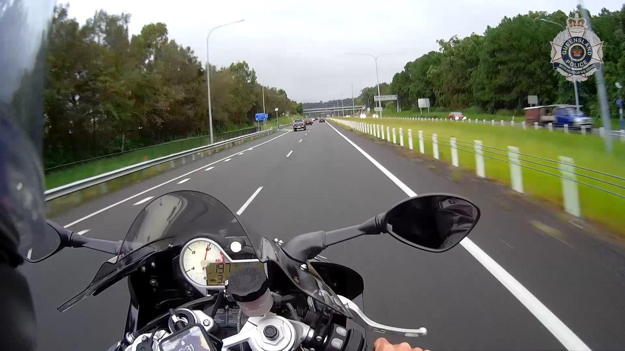 Australian Rider's 200km/h Wheelie On Wet Motorway Attracts Fine