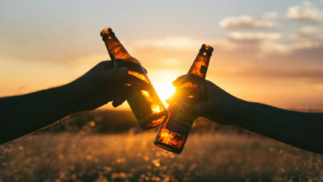 Delhi Youngsters Say Cheers To Lowering Of Legal Drinking Age To 21