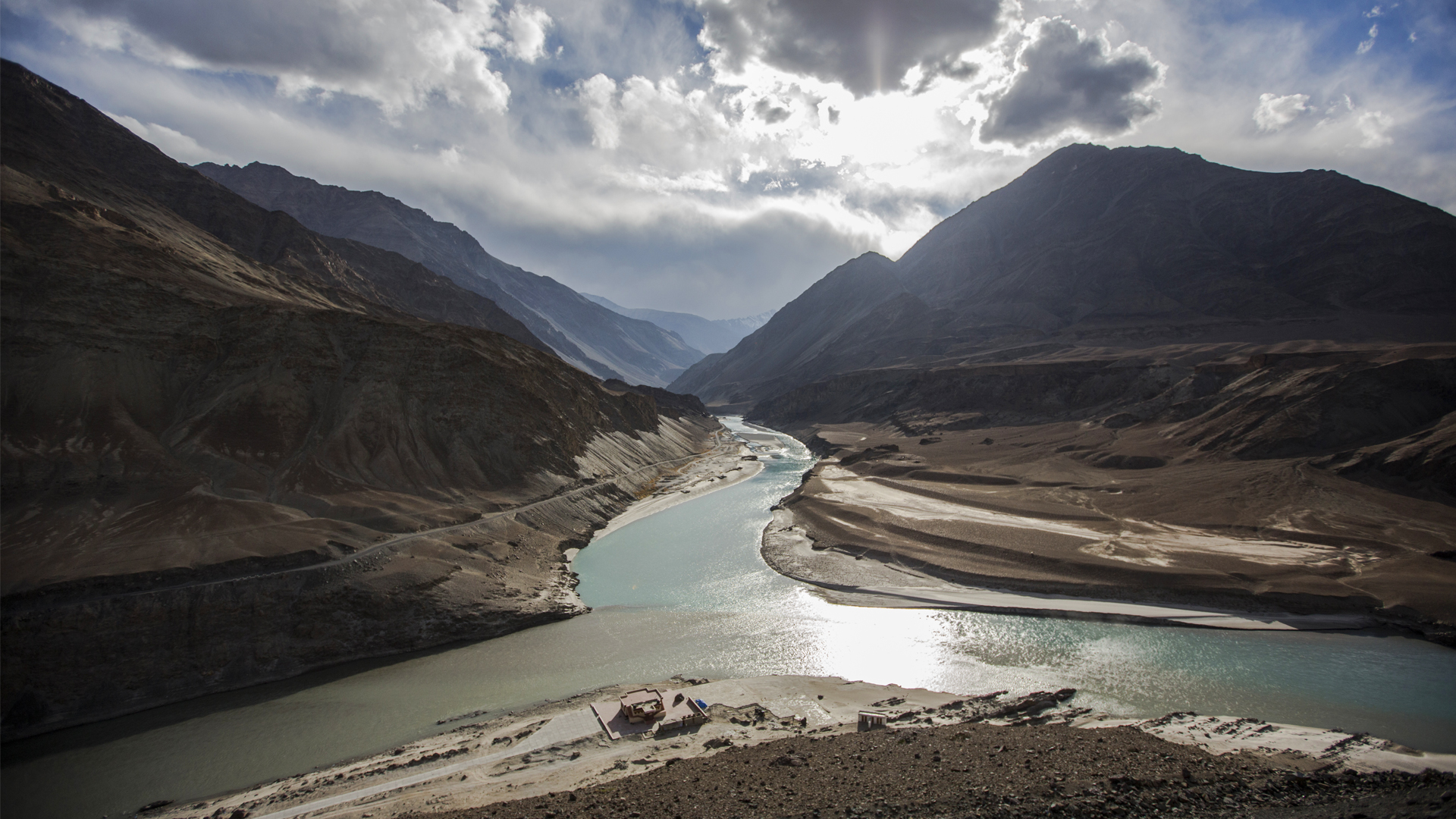 Dam Issues At Centre Of India, Pakistan Indus Waters Treaty Discussions
