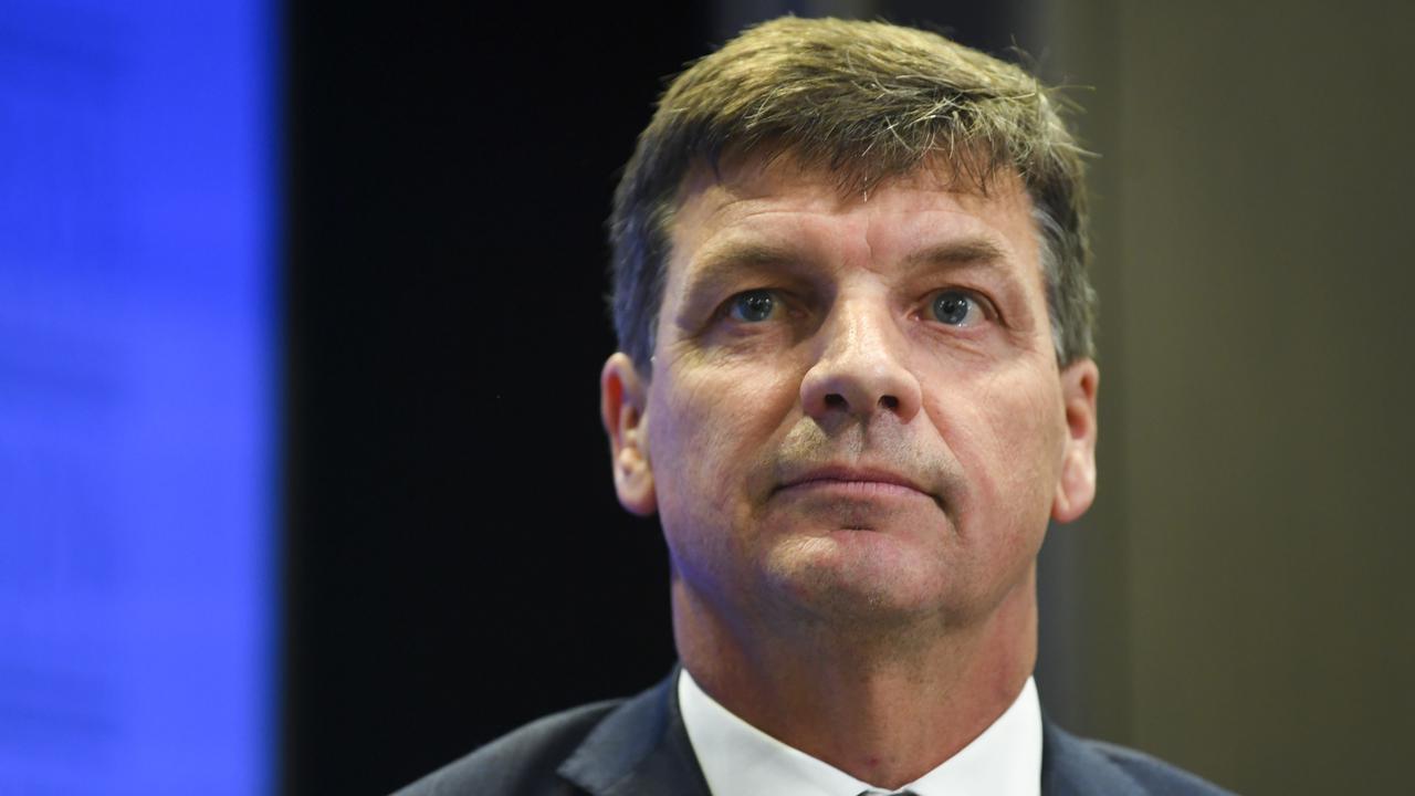 Australian Fed Gas Plan Ignites Investors, Critics