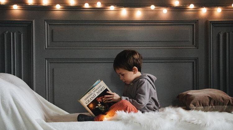 Hay que inculcar el hábito de la lectura en los niños
