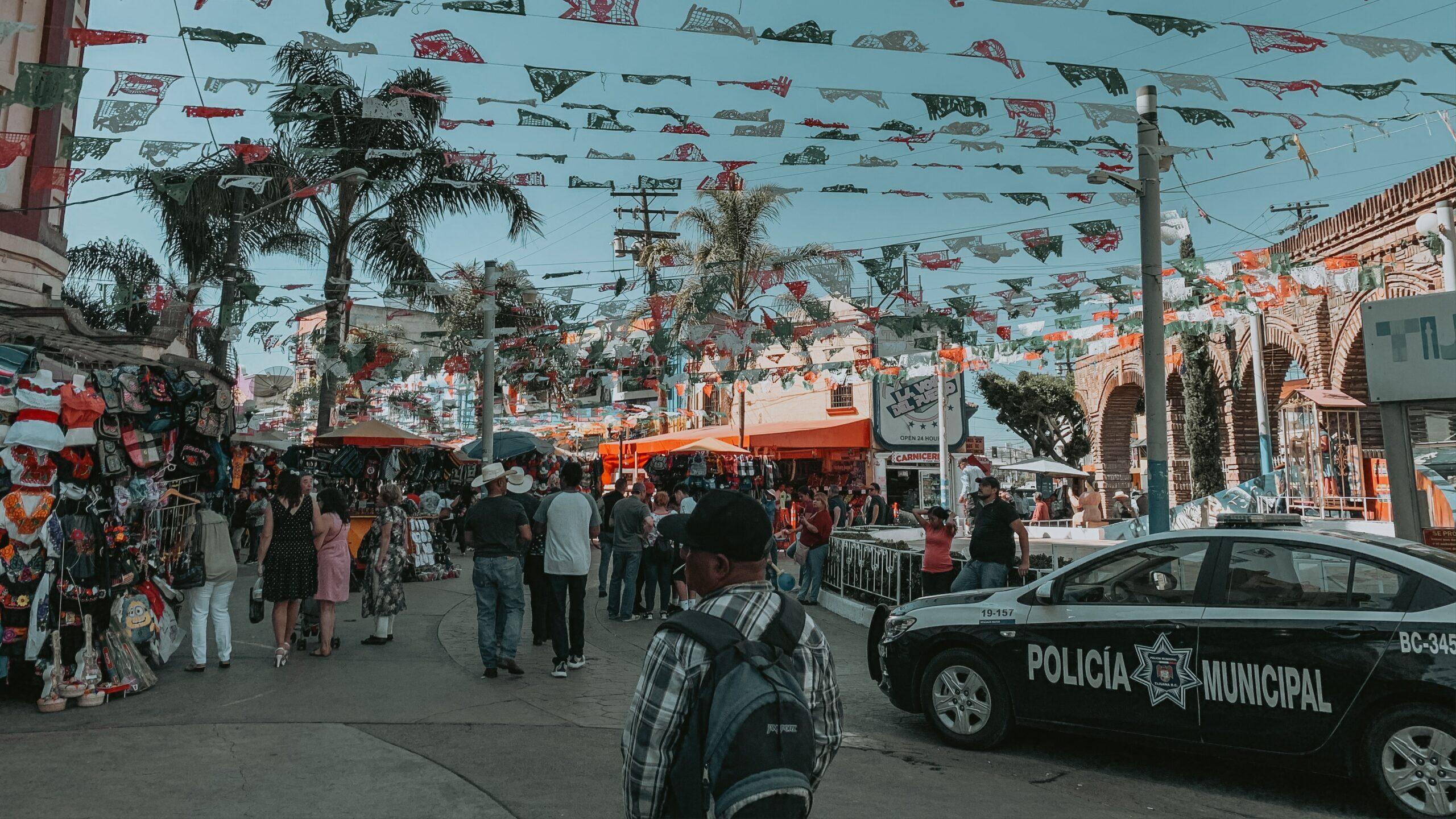 Orden entre el caos: la vida de un policía mexicano